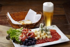 d3.Beer and gastronomy in greece